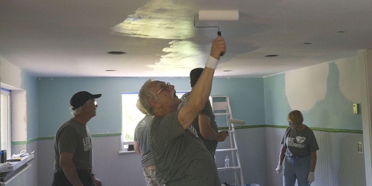 Group from Michigan on a mission to help Hampstead family rebuild