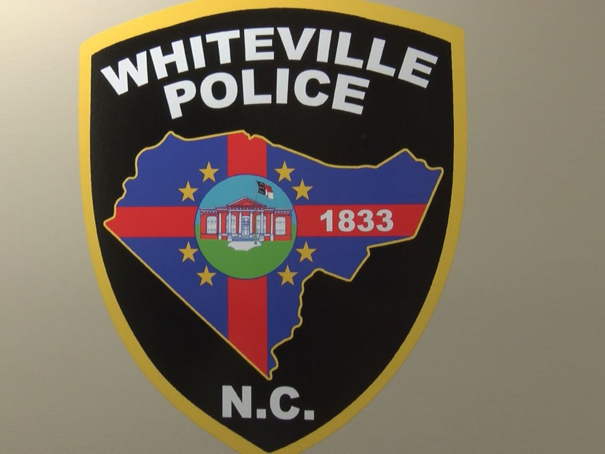 Employee arrested in connection to break-in at Whiteville restaurant
