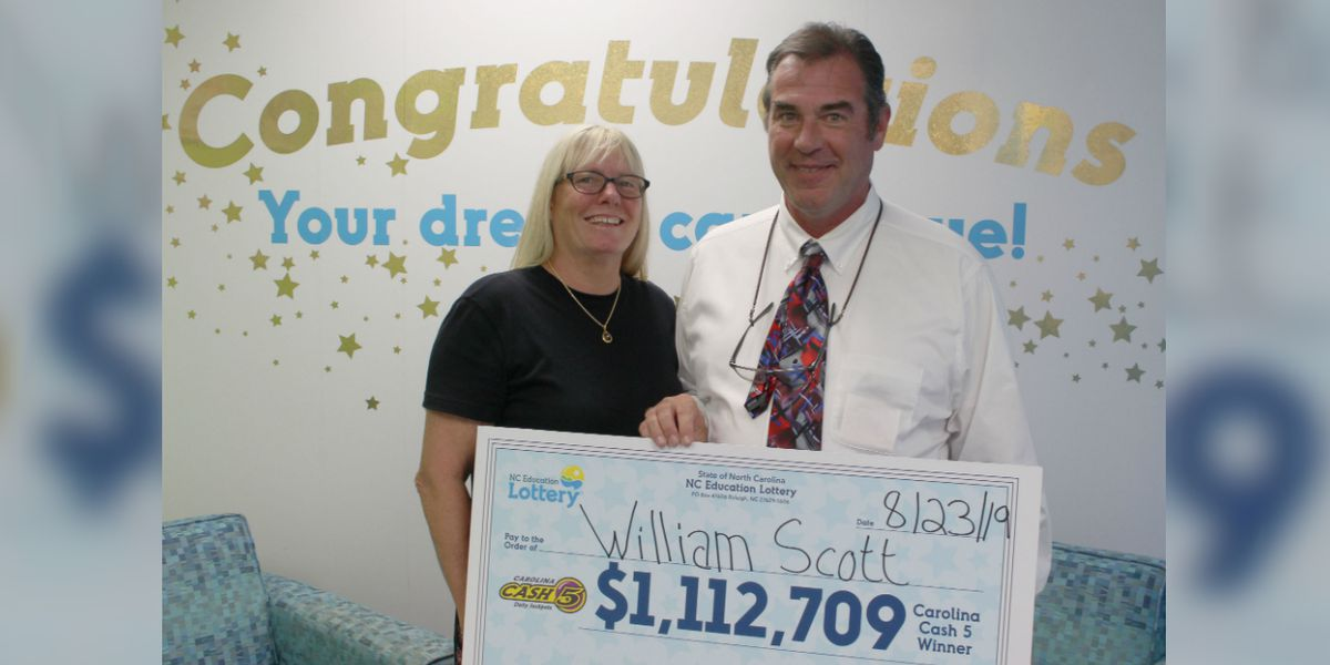 Couple celebrates wedding anniversary with winning lottery ticket