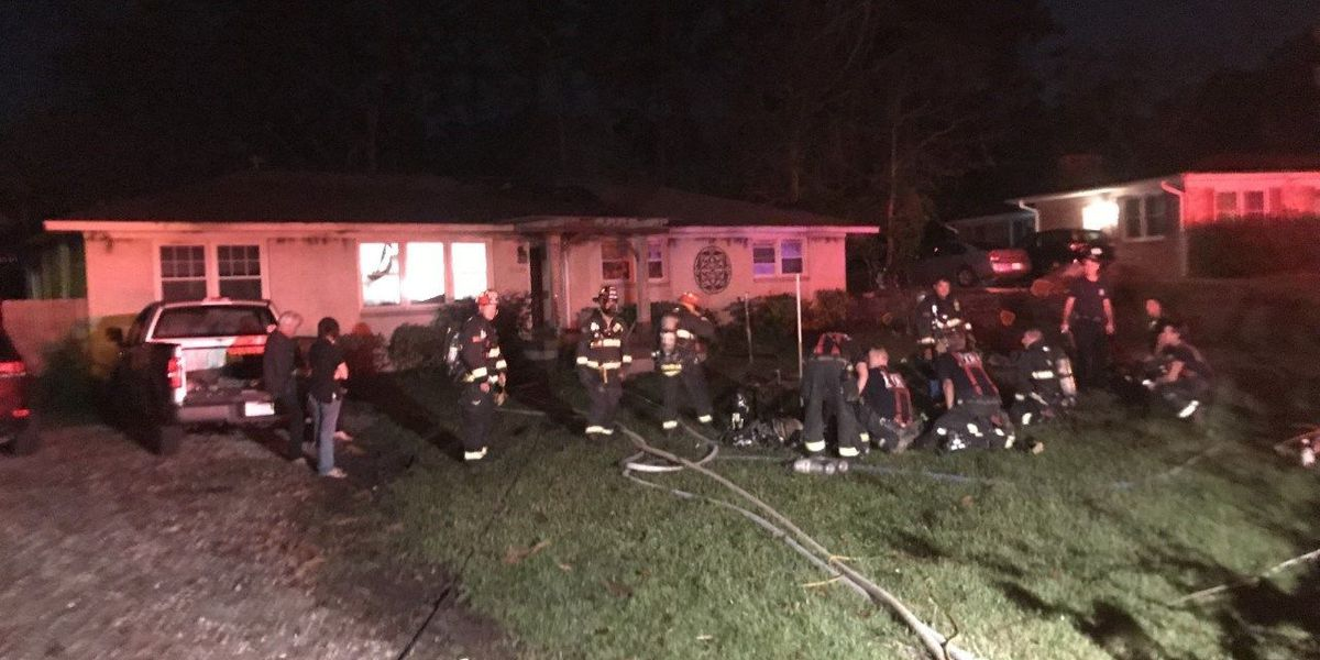 Overnight house fire in Wilmington quickly extinguished