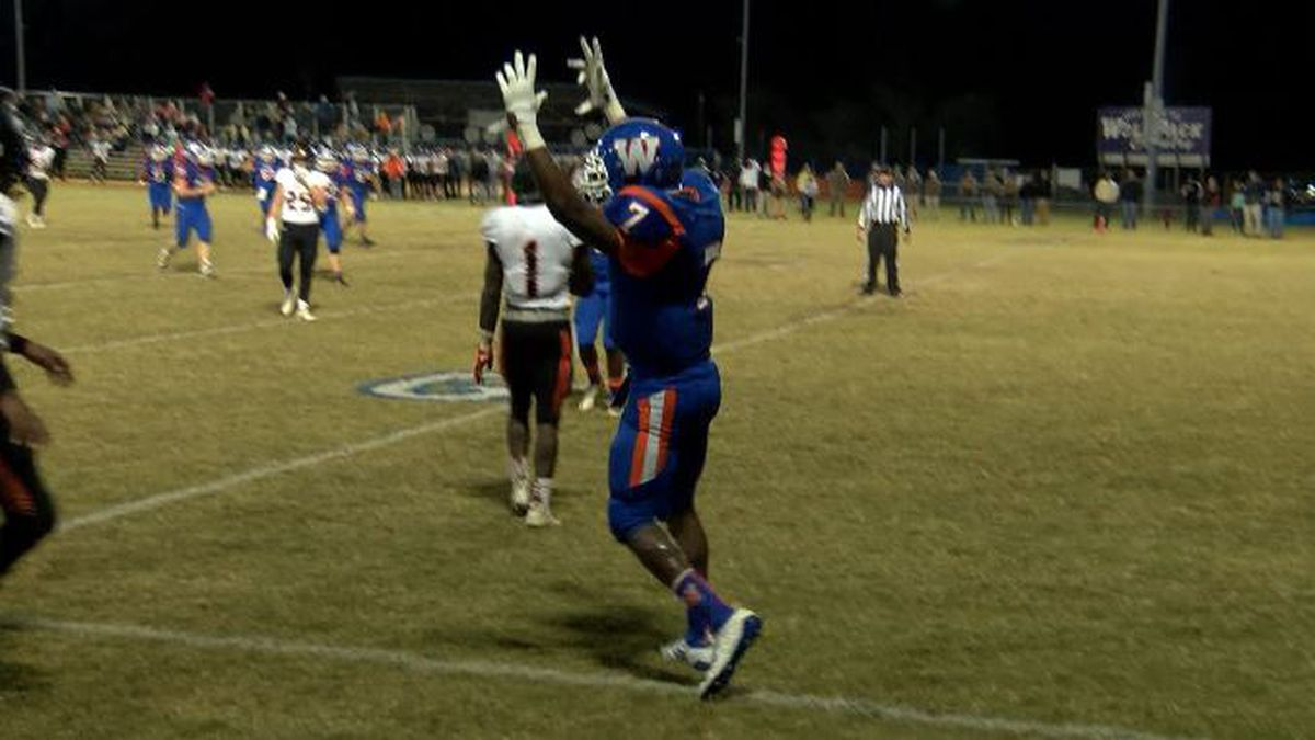 Whiteville's Jvonte Davis named WECT Athlete of the Week