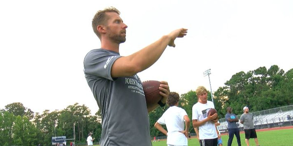 Barth brothers host kicking camp