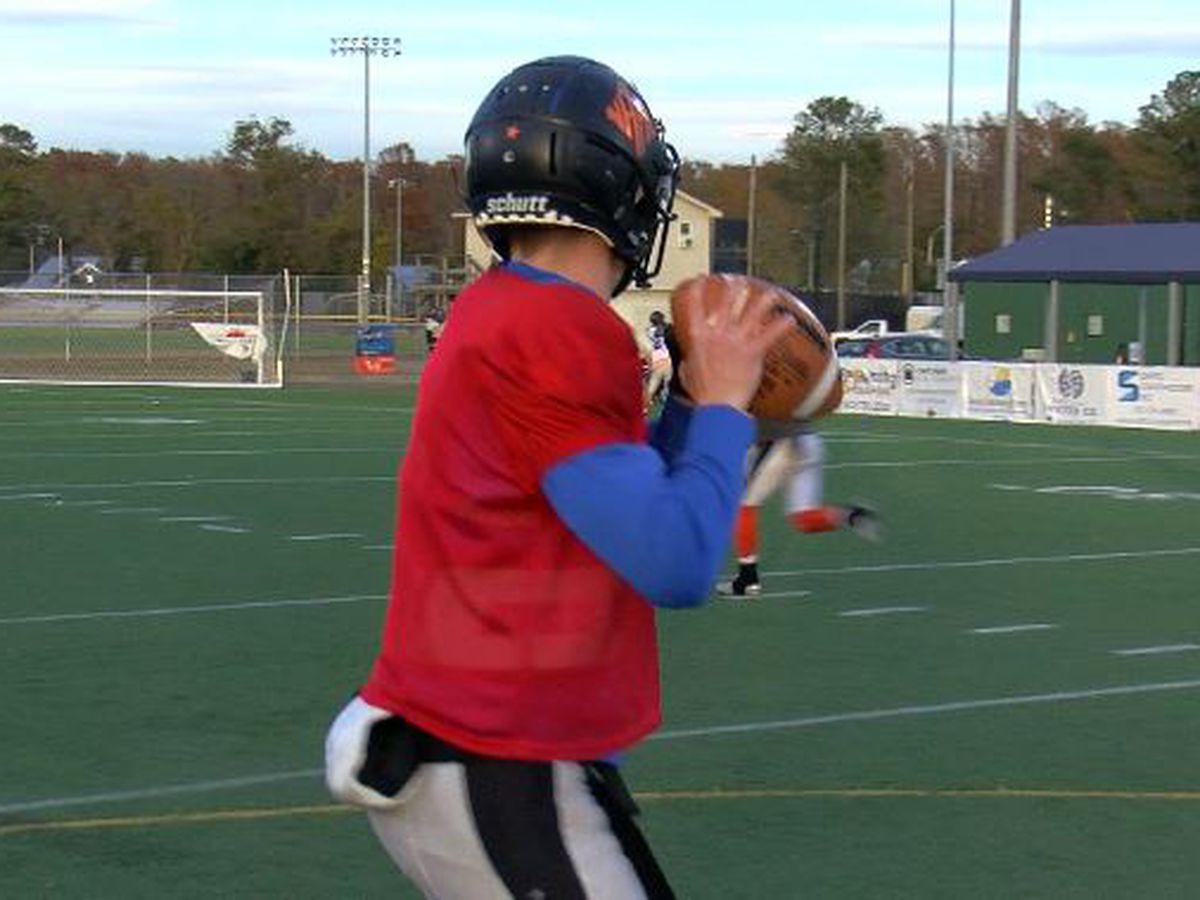 Chase Nixon making the most of his time as starting quarterback for New Hanover Wildcats