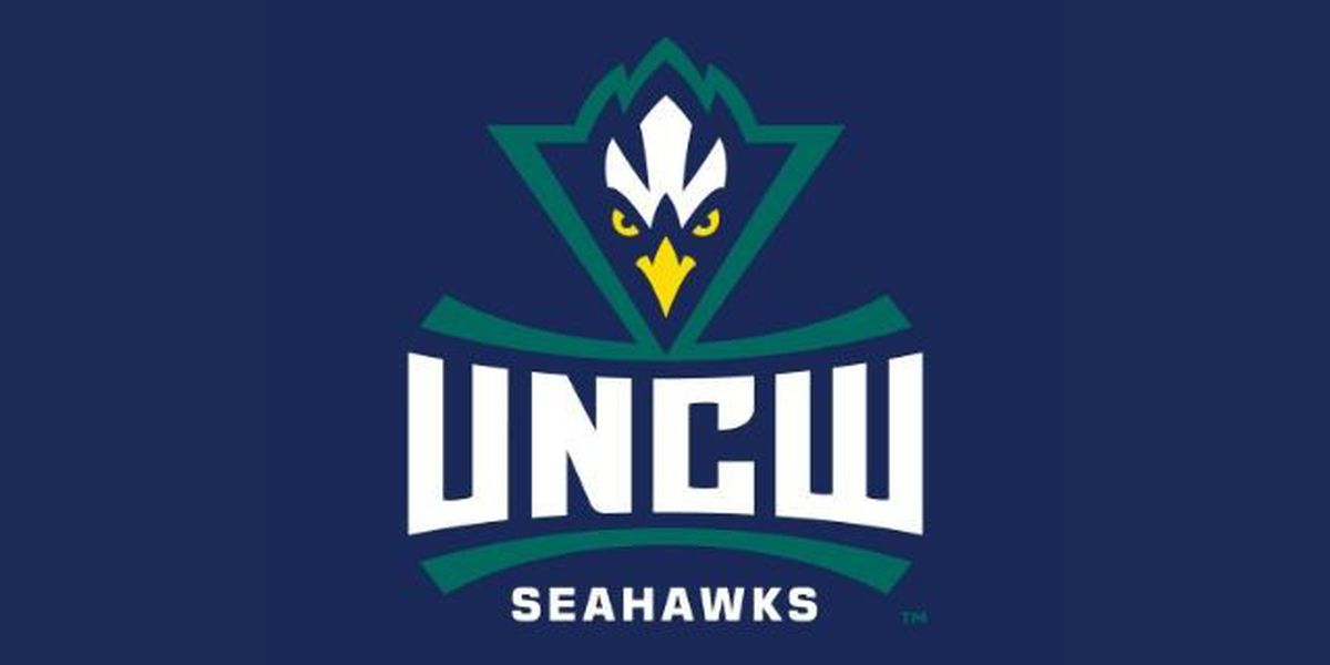Senior Jenny Degraaf leads UNCW past William & Mary