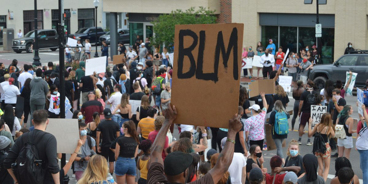 District Attorney's Office identifies 8 people arrested during Sunday night protests