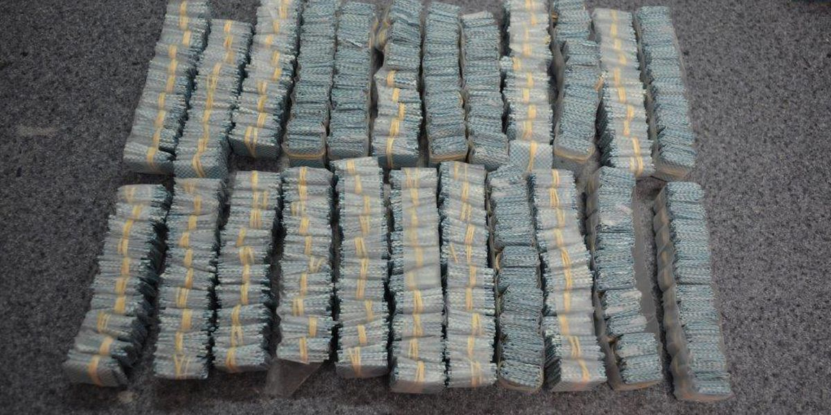 Deputies seize over 5700 bags of heroin in Wilmington drug bust; three arrested