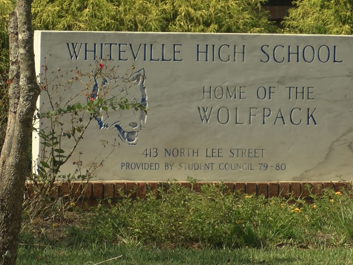 COVID-19 causes Whiteville High School to revert to online learning