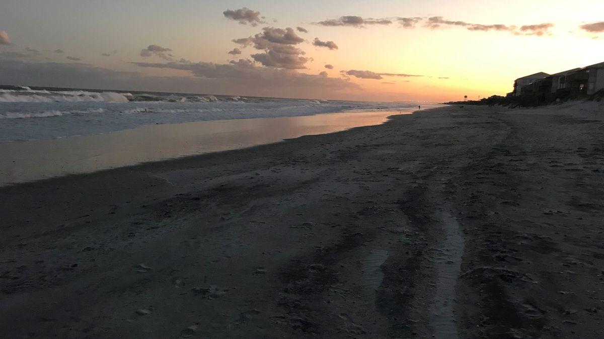 Beach parking, short-term rentals set to open in North Topsail Beach