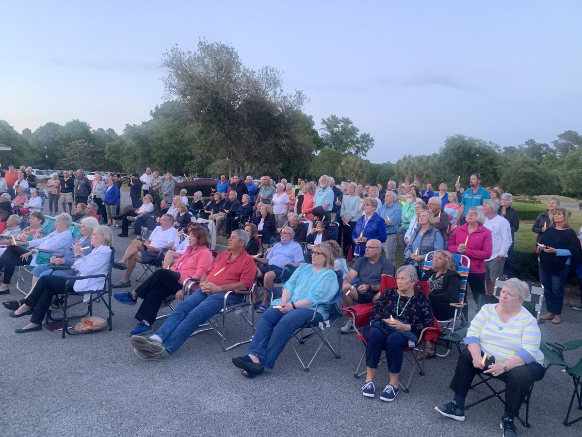 Ocean Ridge Plantation holds candlelight vigil