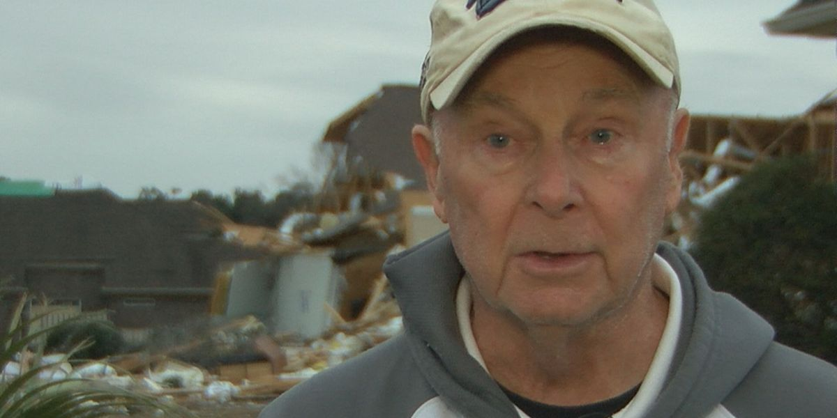 """""""I told my wife to get on the floor"""": Tornado survivors share story"""