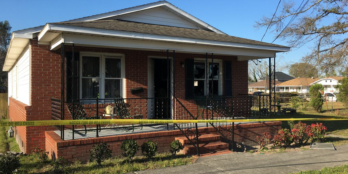 WPD: Woman sets Wooster Street home on fire