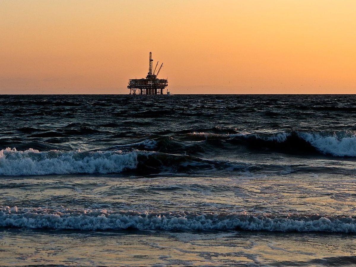 Trump includes NC in offshore oil drilling moratorium