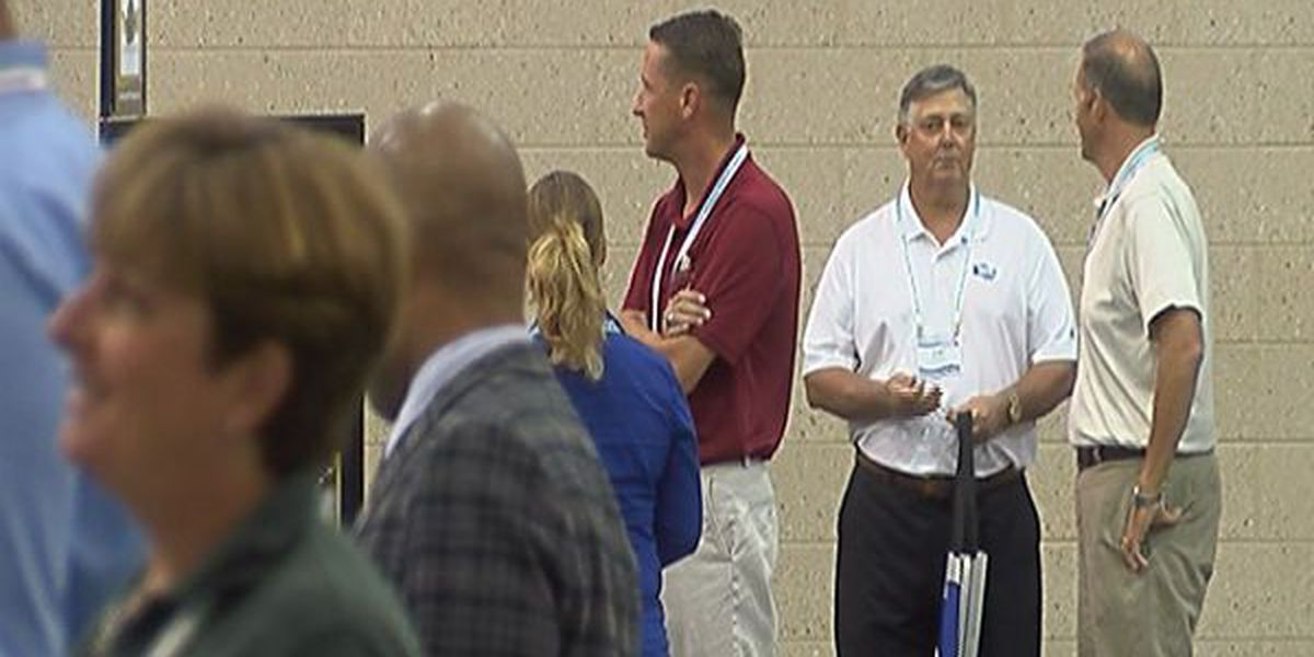 Federal contractors flock to Wilmington to meet with government buyers