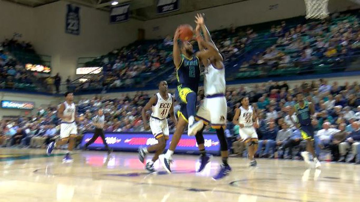 UNCW men's basketball ready to face second consecutive Top 25 opponent