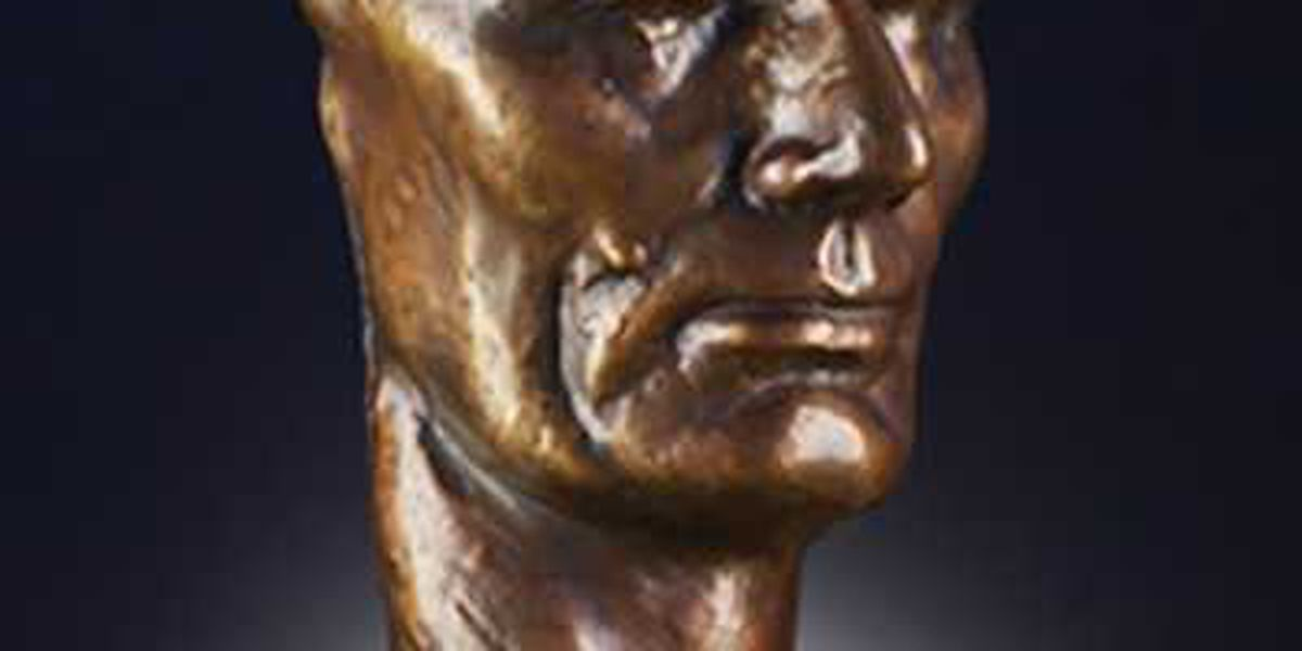 'The Face of Lincoln' bronze mask on display in Wilmington