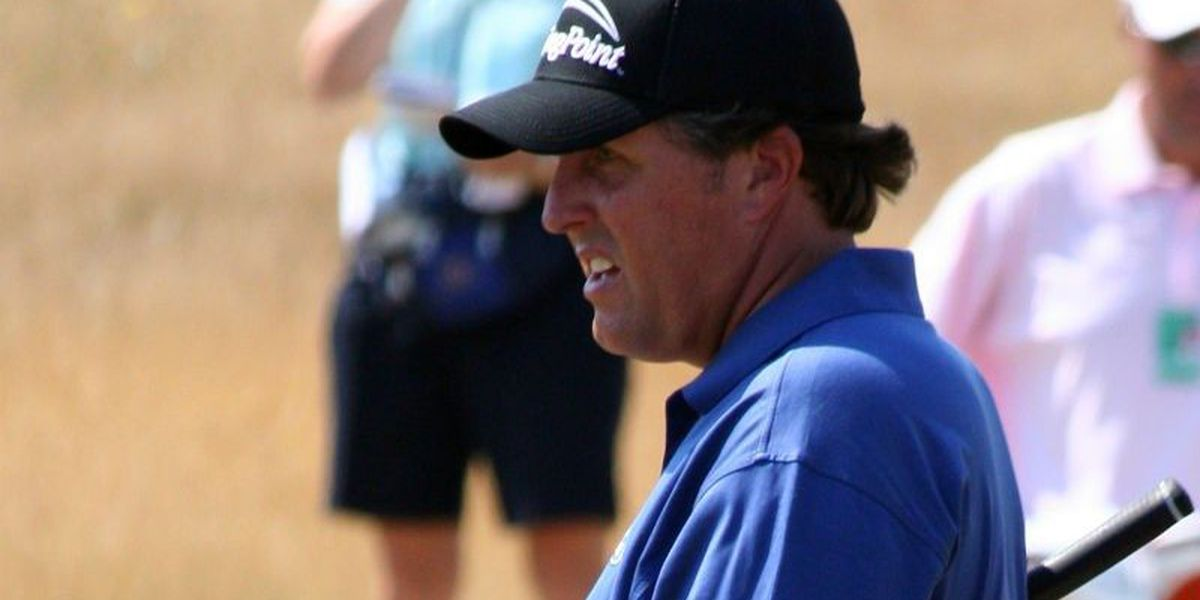 Mickelson to play in Wells Fargo tournament