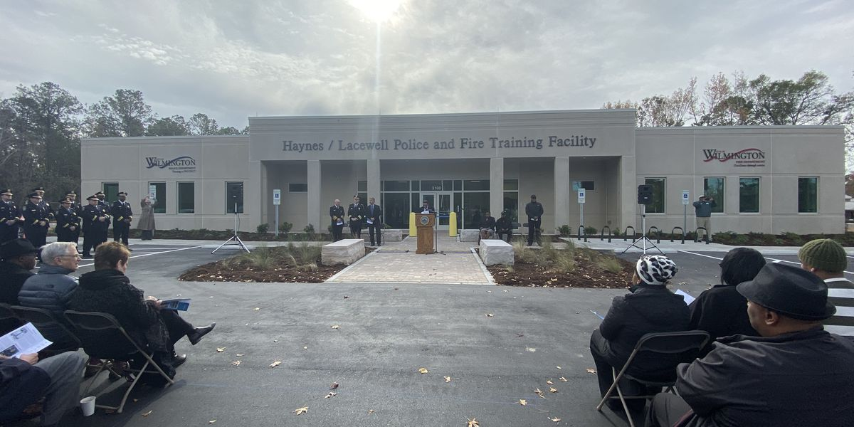 Ribbon cutting held for Wilmington's police and fire training center
