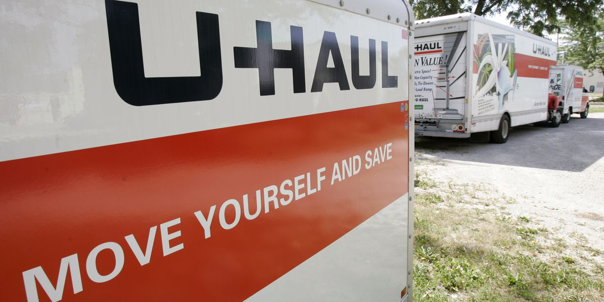 Police: 3 kids found locked in back of U-Haul carrying drugs; 3 from NC charged