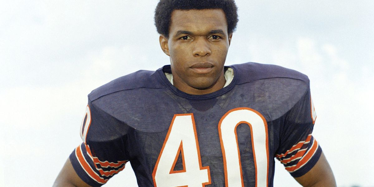 Gale Sayers remember by childhood friend of Brian Piccolo