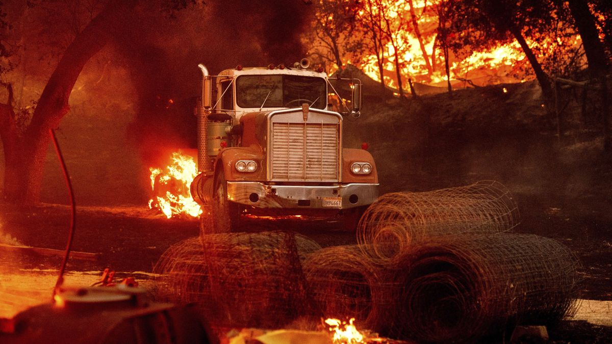 Glass fires evacuations lifted, threat continues