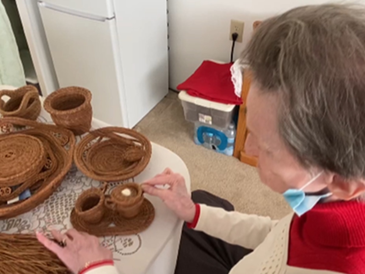 """""""It's a lost art, nobody wants to do it"""": Independent living facility resident makes baskets from pine needles"""