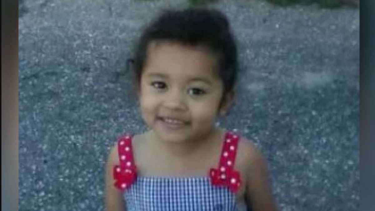'KKK' writing, racial epithets draw interest in 5-year-old girl's killing