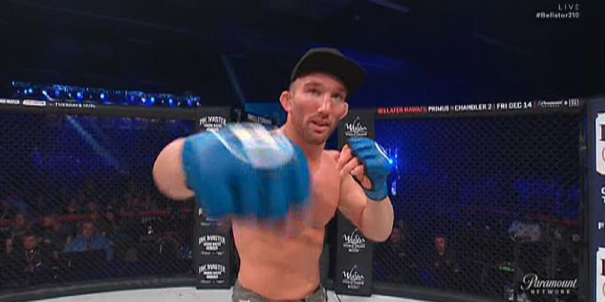 Salter earns 1st round victory at Bellator 210