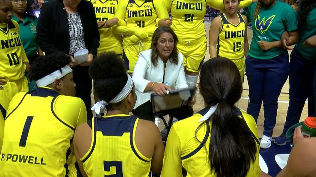 UNCW women's basketball hosts virtual media day while questions surround status of coach Karen Barefoot