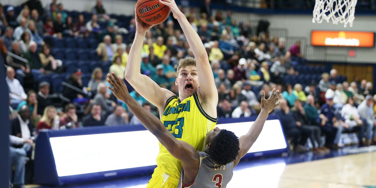 UNCW big man transferring to St. Louis University