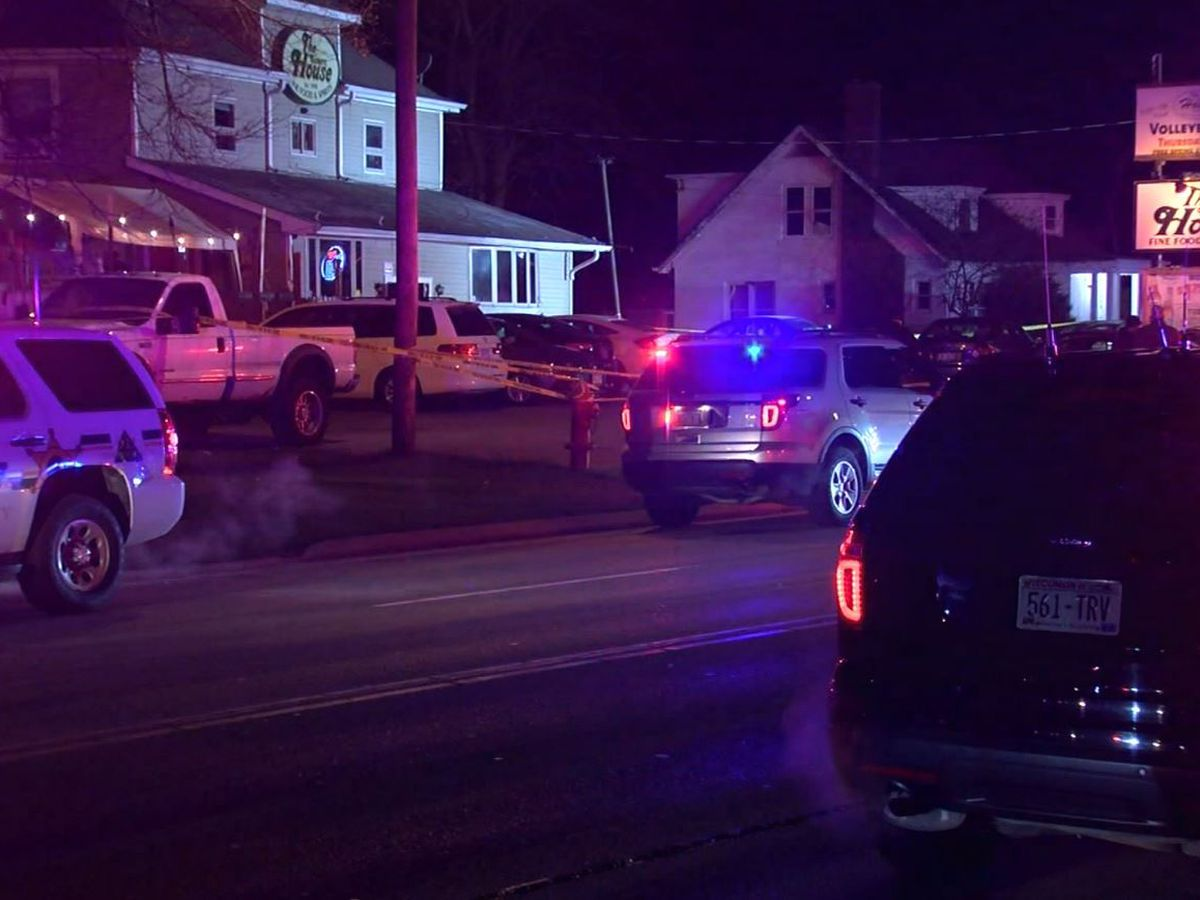 Sheriff: 3 dead, 2 wounded in shooting at Wisconsin tavern