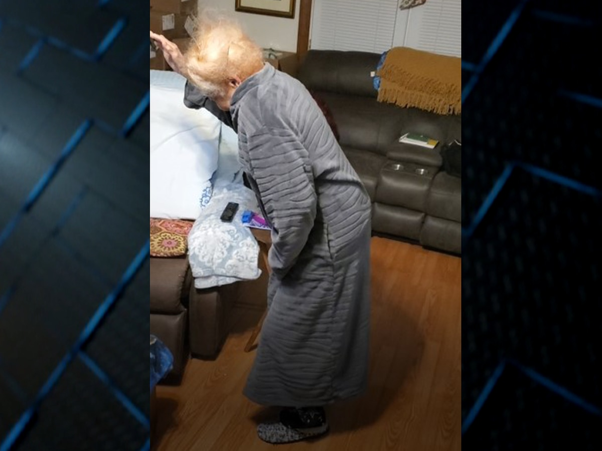 92-year-old gets up from recliner, dances, after hearing grandson is selected by the Pittsburgh Steelers in NFL draft