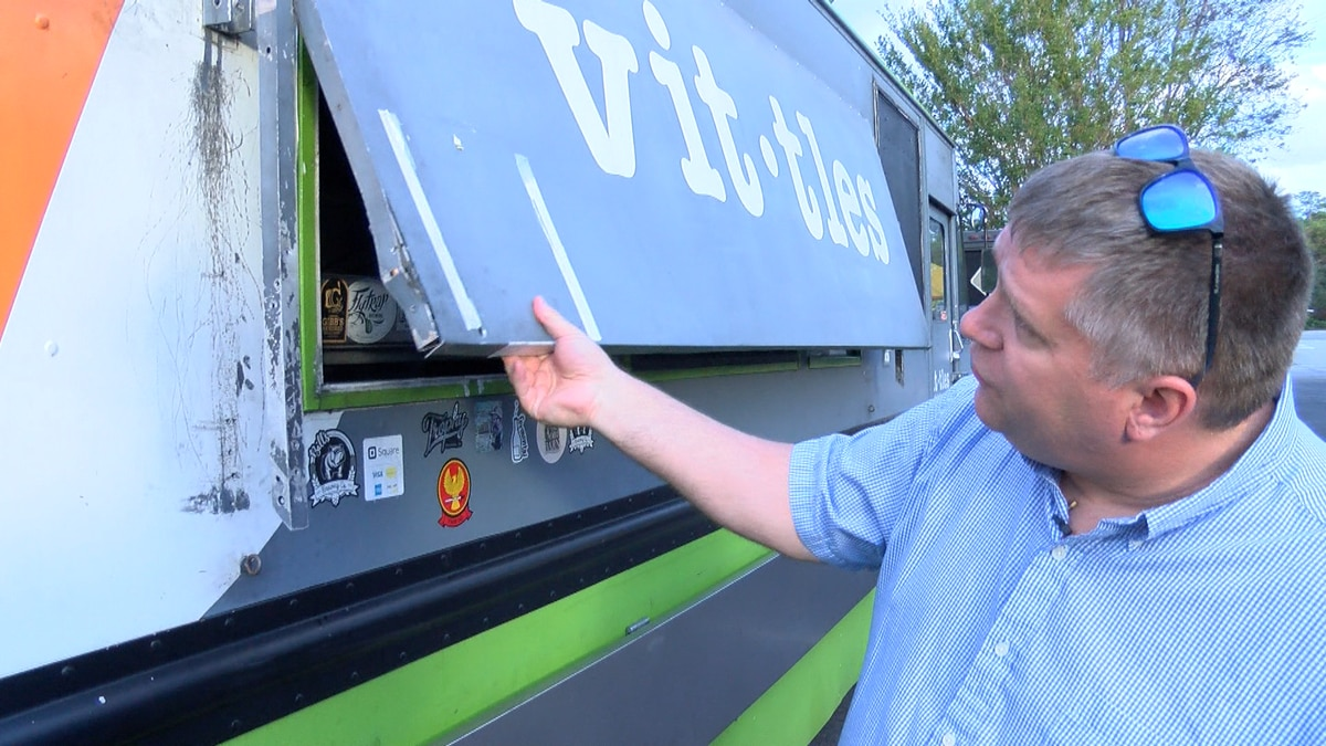 Popular Wilmington food truck vandalized, including awning damage, spilled chemicals, grills left lit