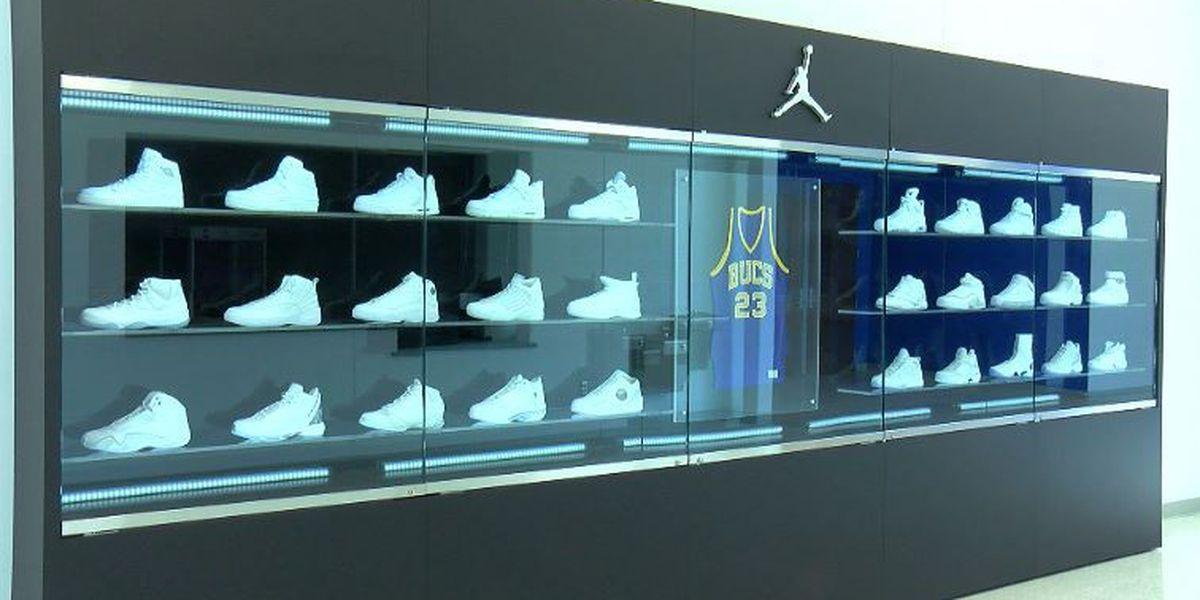 online retailer 91131 63334 ... official air jordan history on display at new laney gym 92bff debe0