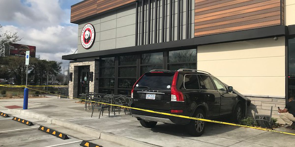 SUV crashes into Panda Express in Wilmington