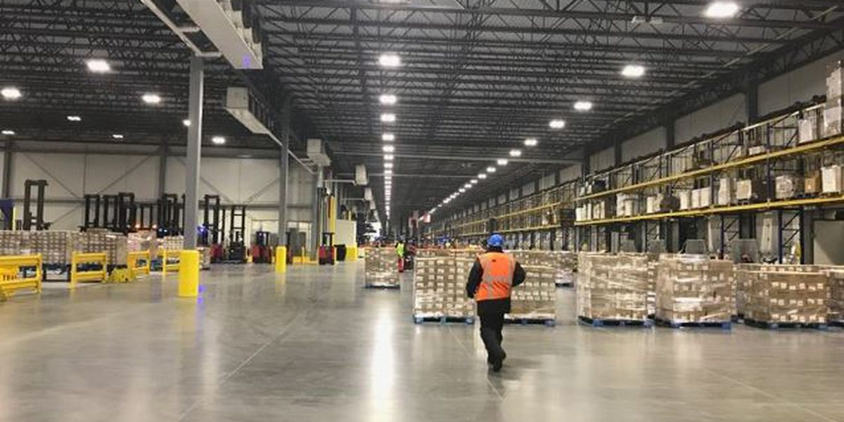 New Smithfield Foods distribution center opens in Tar Heel