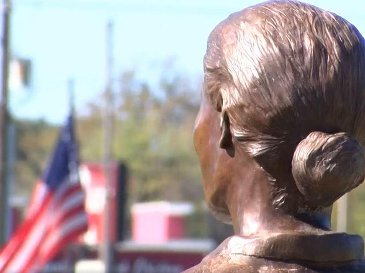 Honoring women veterans and service members during Southeast North Carolina Veterans Day Parade