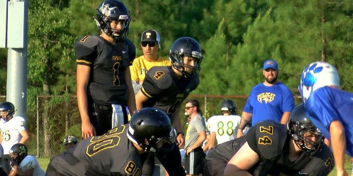 Teams get ready for regular season at the Touchstone Energy Pender County Football Jamboree