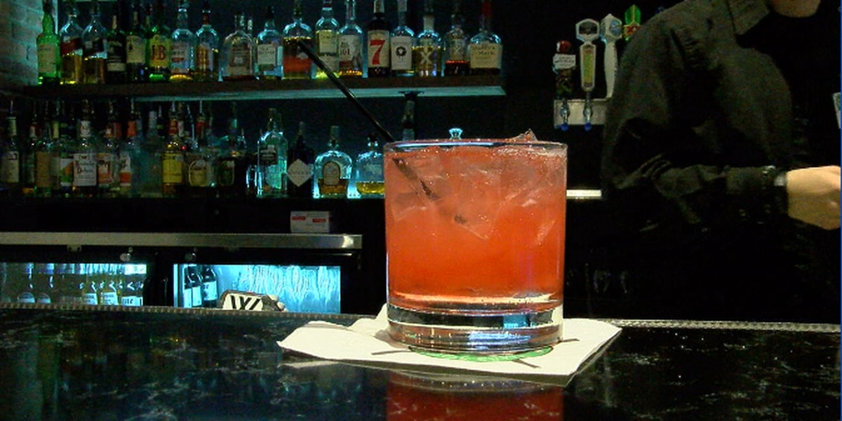 Senate votes to reopen NC bars