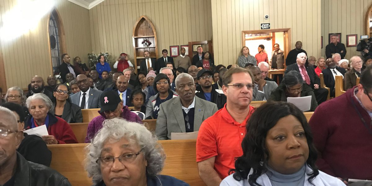 Hundreds turn out for Bladen County election fraud meeting
