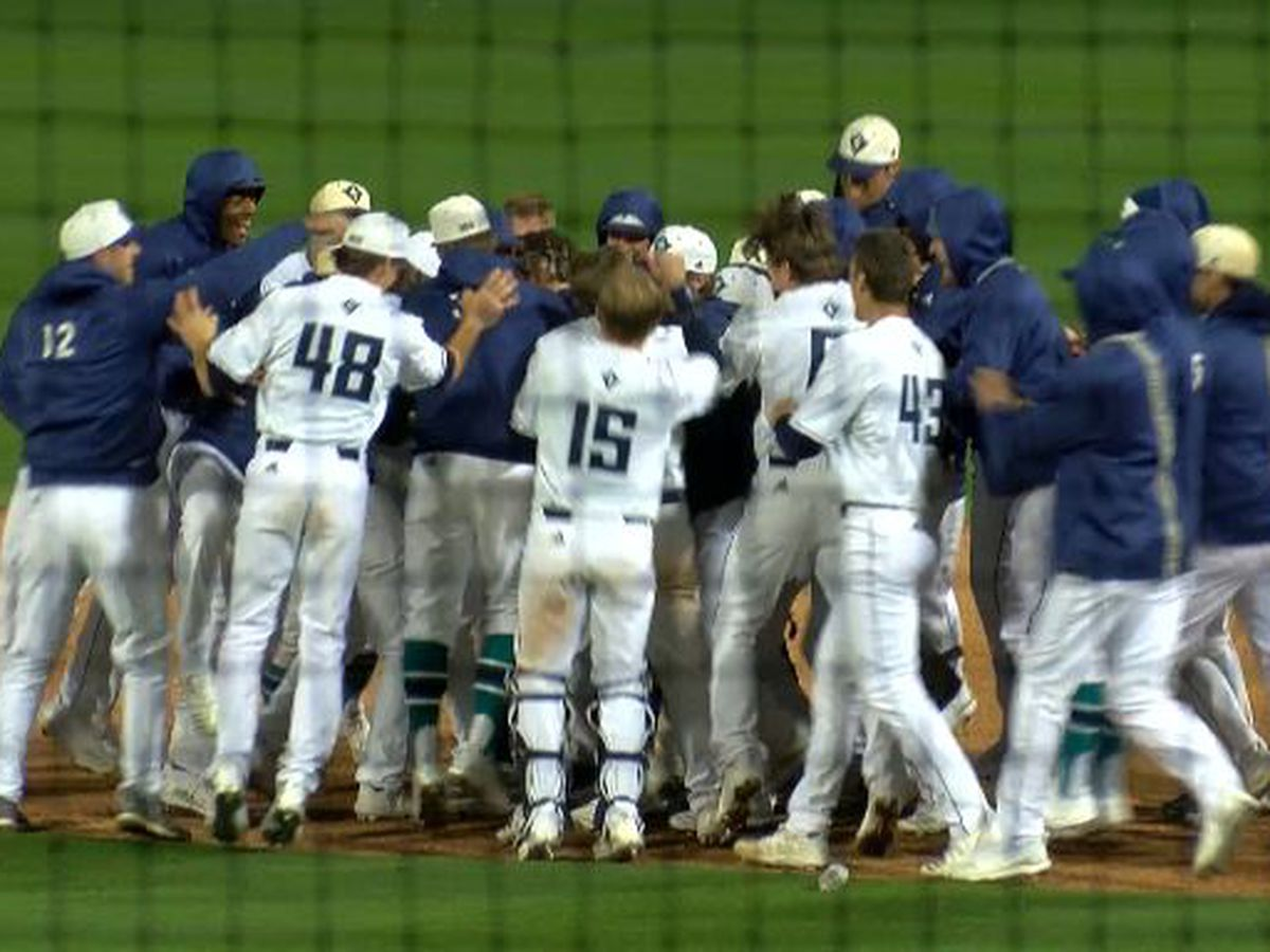 UNCW Baseball clinches CAA south division