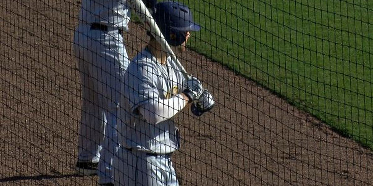 Toledo Rockets hold off UNCW baseball