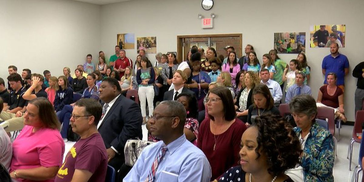 Topsail baseball supporters pack board of education meeting looking for answers
