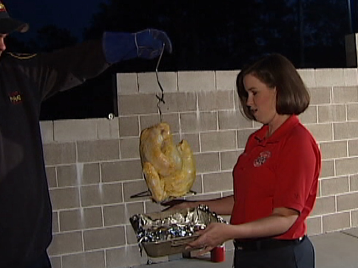 Wilmington FD demonstrates cooking safety at fall open house
