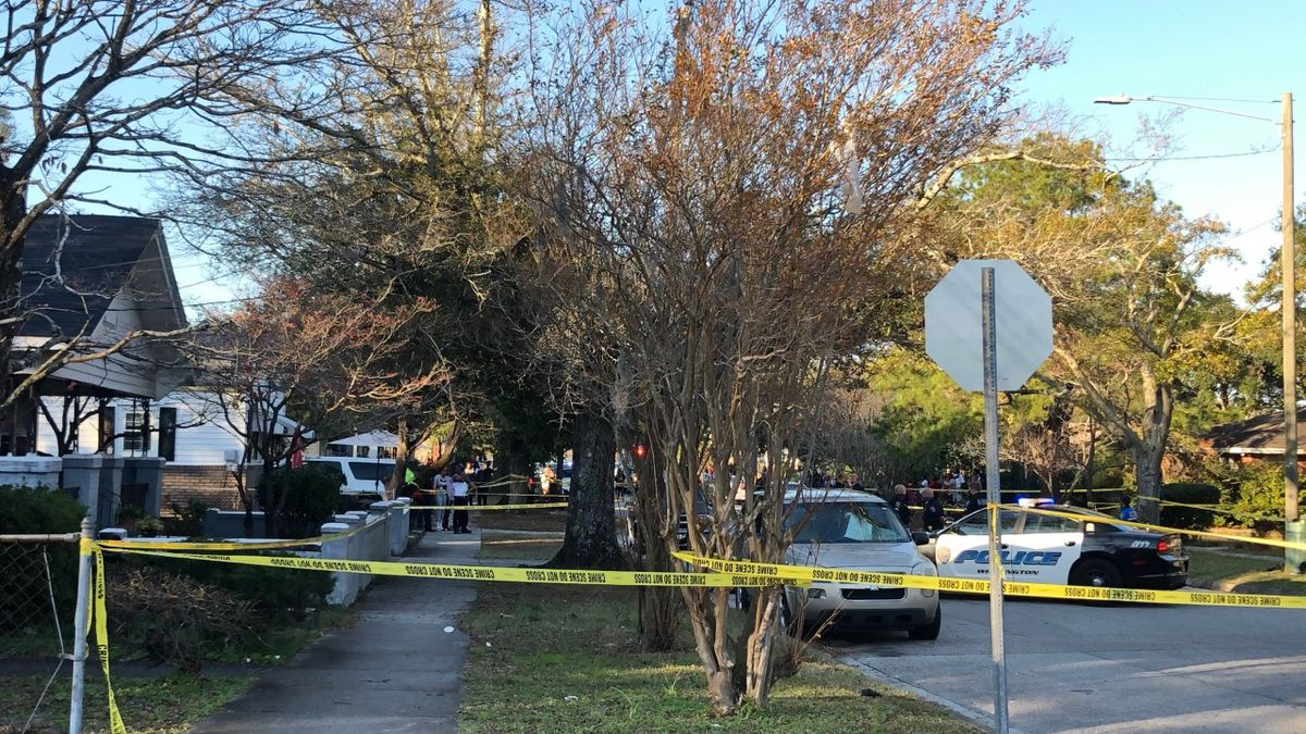 WPD confirms male victim in deadly shooting at Meares and South 12th Street
