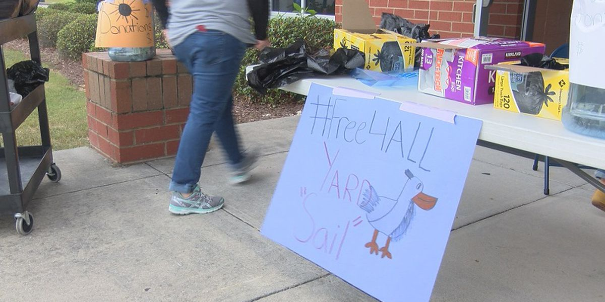 Anderson Elementary students hold free yard sale