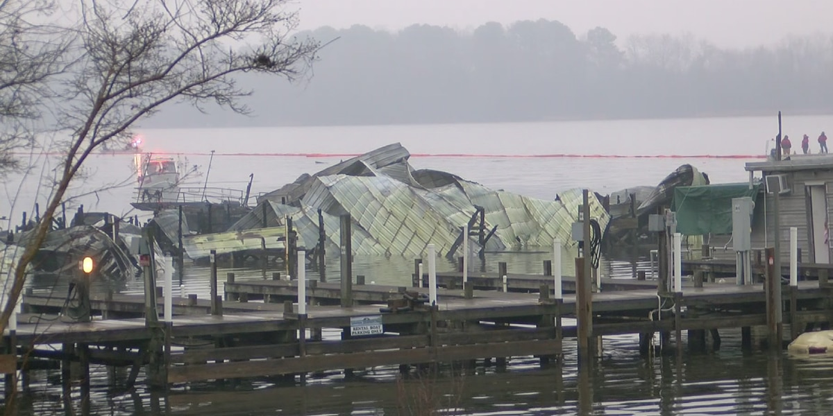 Deadly fire at Jackson County, Alabama boat dock, multiple dead, eight missing