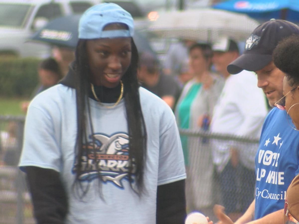 Award-winning basketball player of the year throws first pitch at Wilmington Sharks game