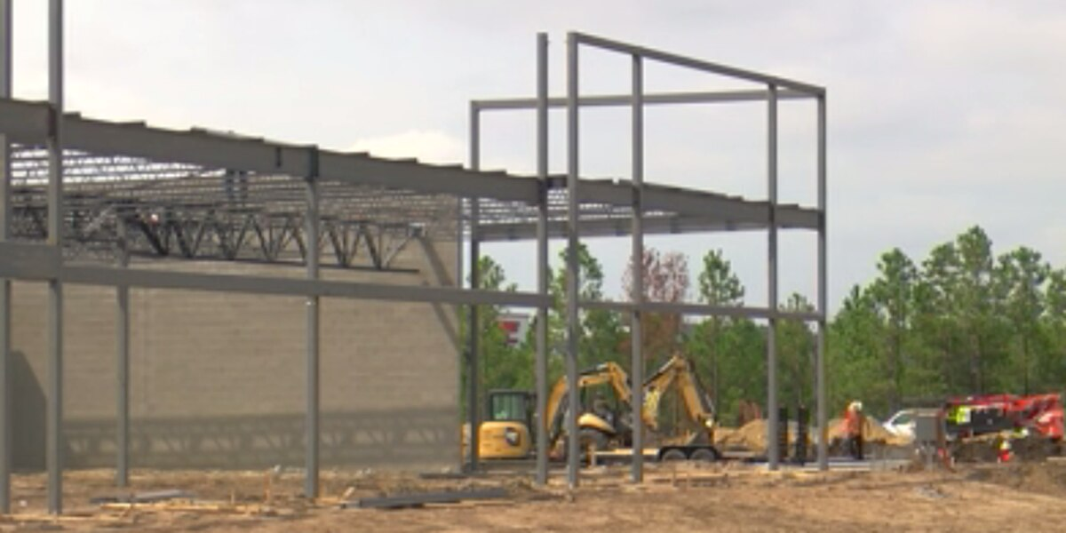 Construction underway at Leland Town Center