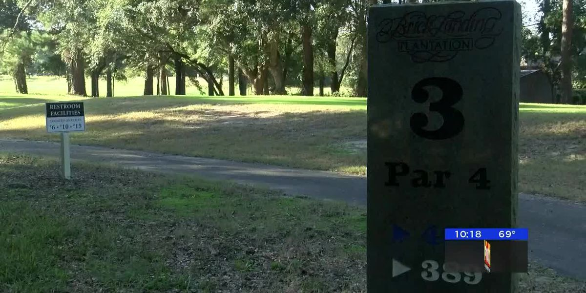 Community teams up to save golf course