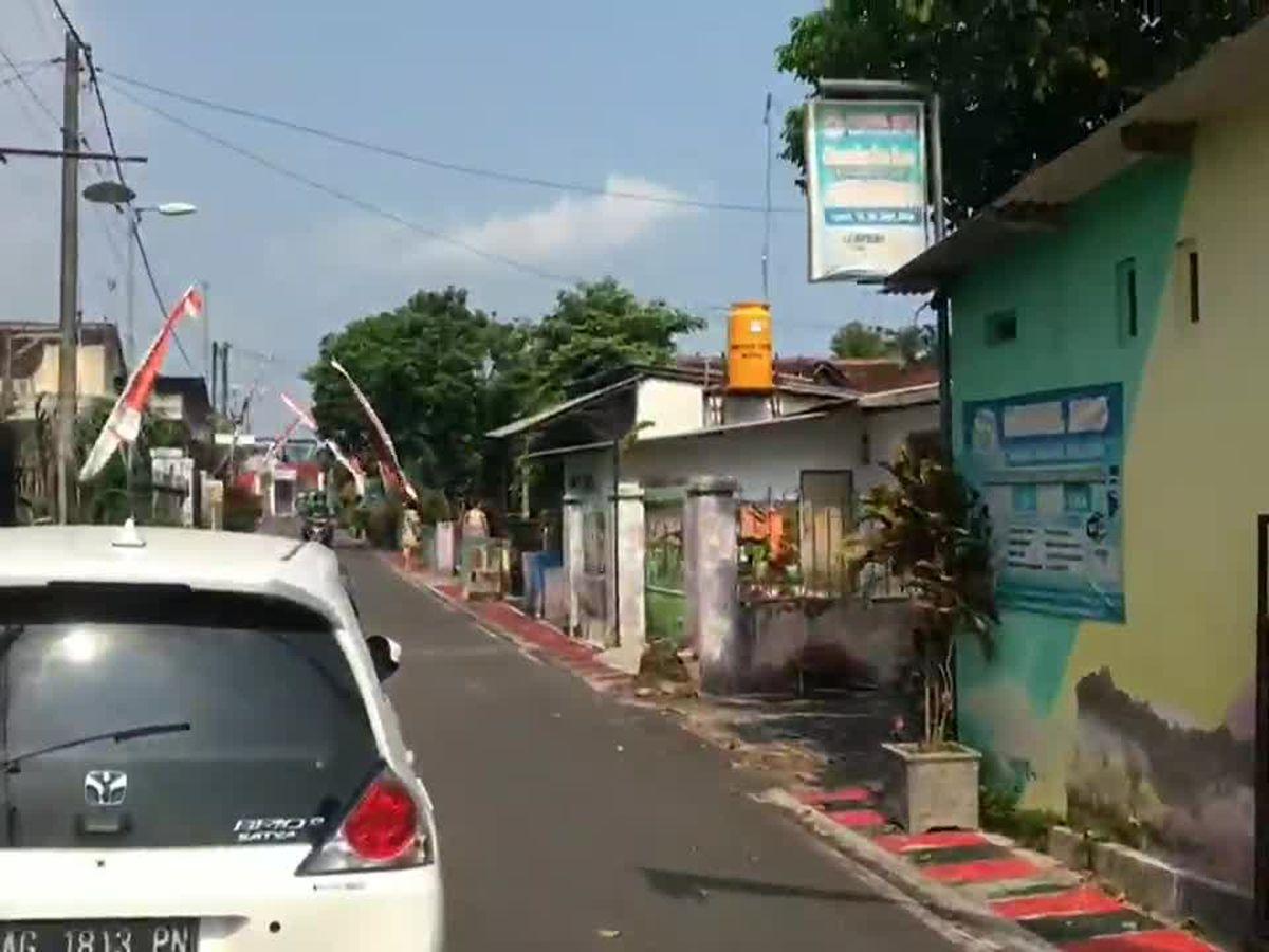 Indonesia quake kills 7 in Java, jolts Bali; no tsunami risk